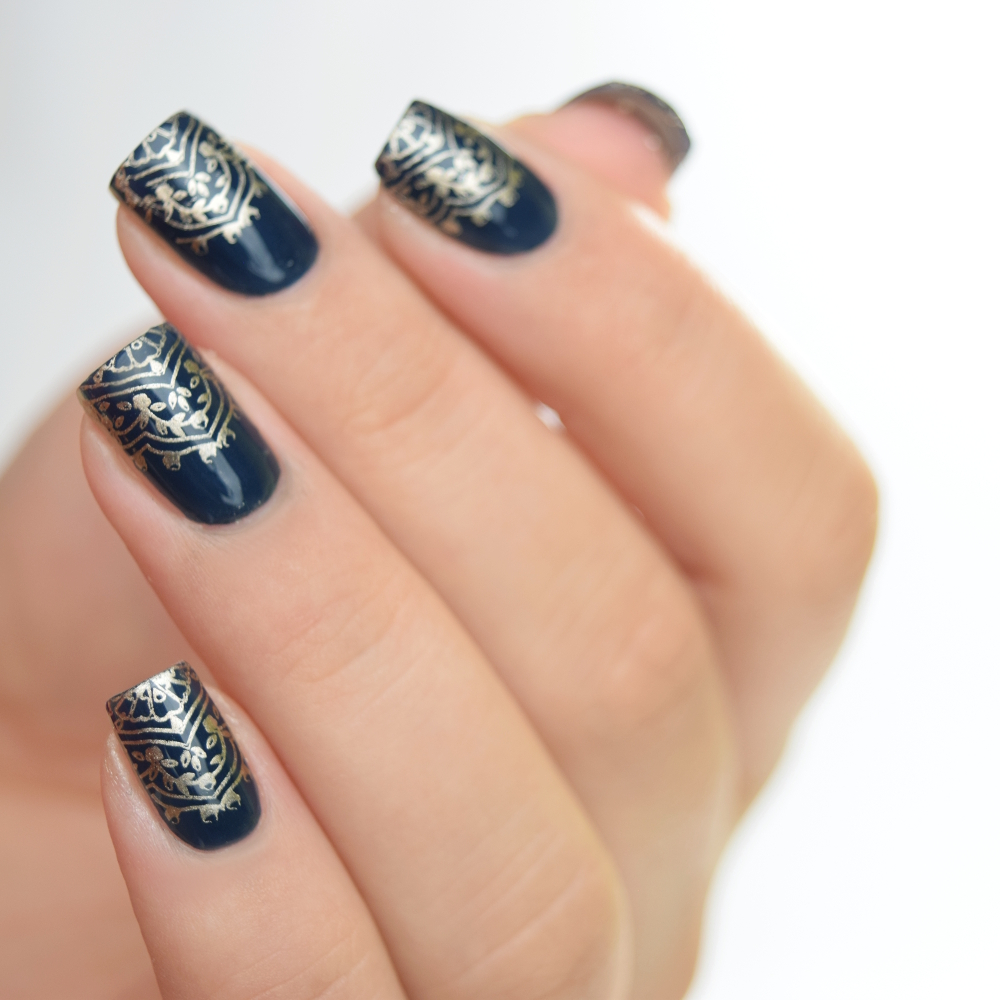 essie surrounded by studs Stamping Design 1