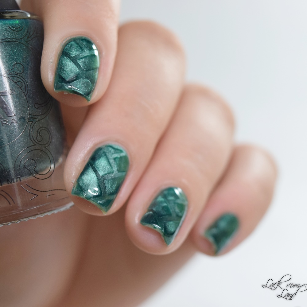 masura-cats-eye-nailvinyls-2