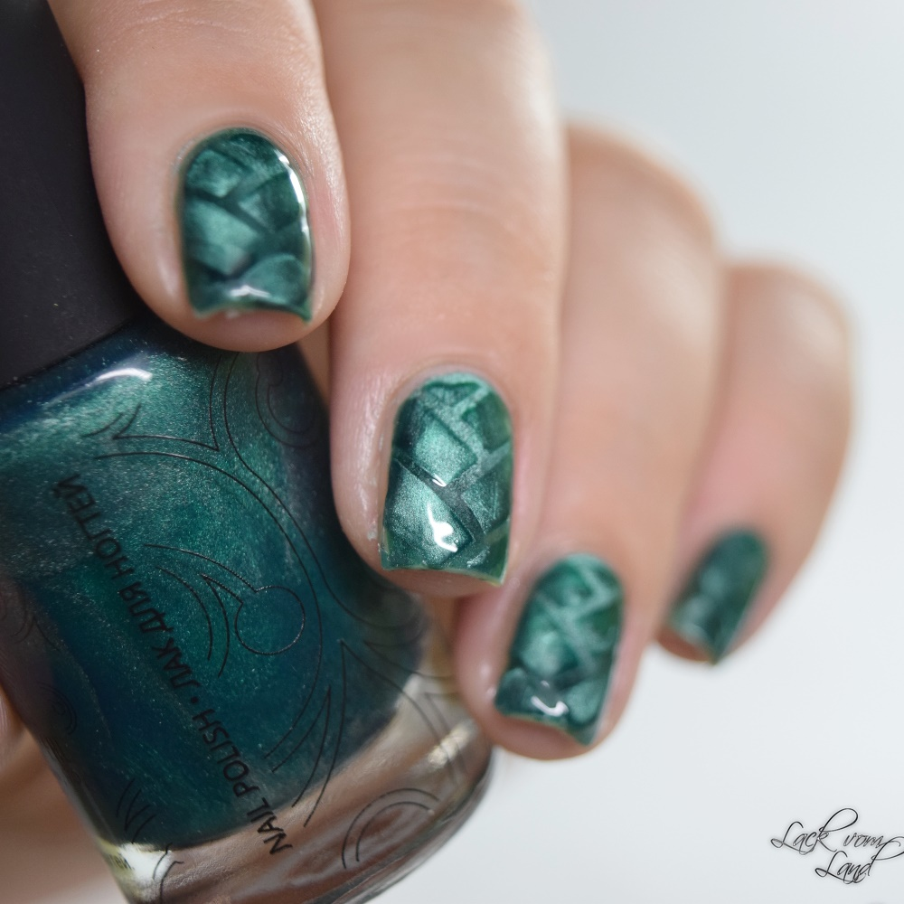 masura-cats-eye-nailvinyls-7