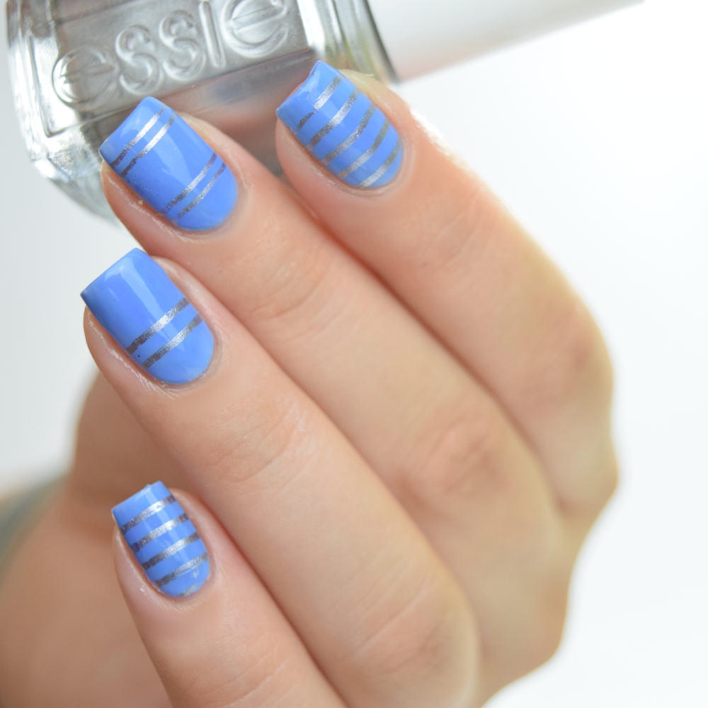 essie-bikini-so-teeny-mit-stamping-no-place-like-chrome-2