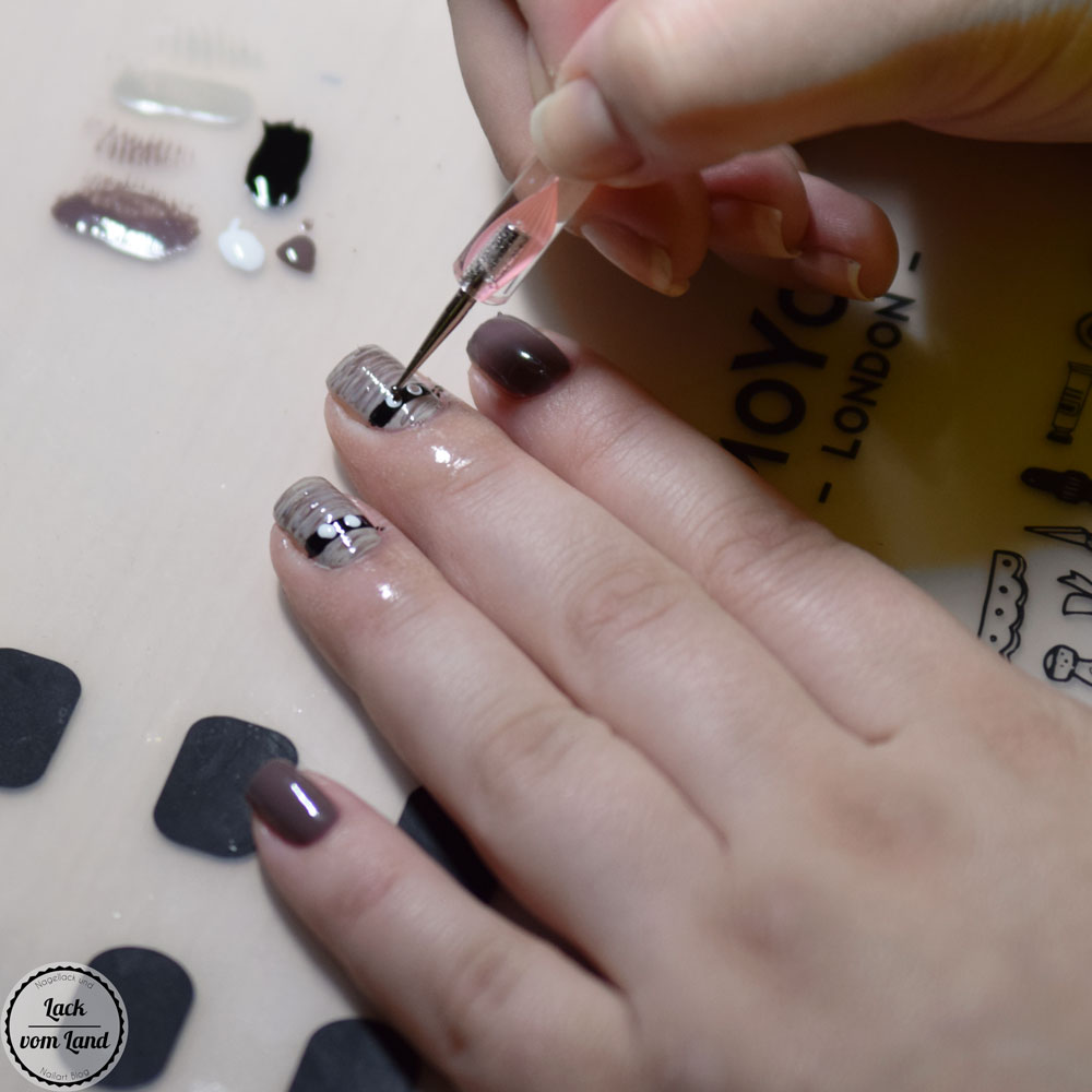 nailart-dienstag-halloween-tutorial-1