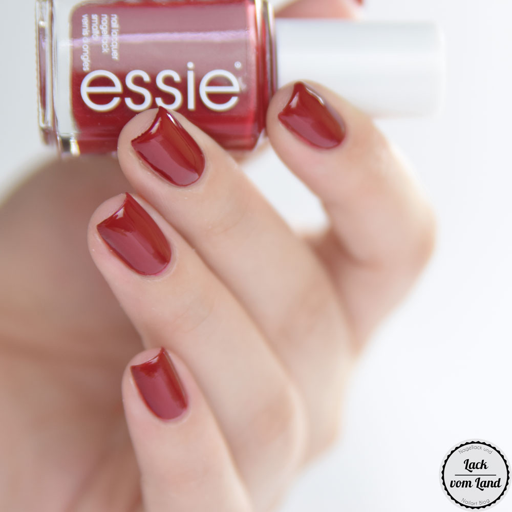 essie-party-on-a-platform-3