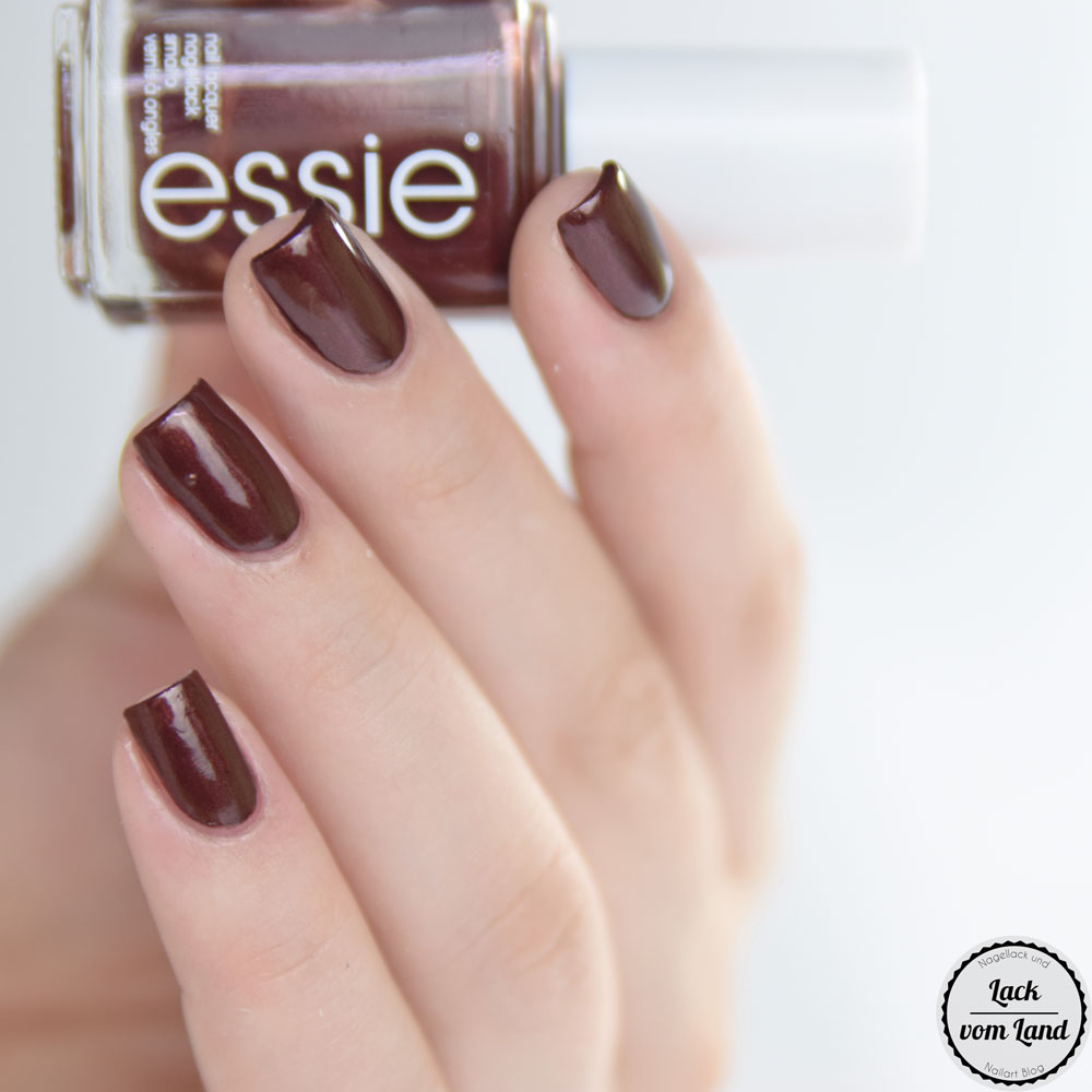 essie-ready-to-boa-2