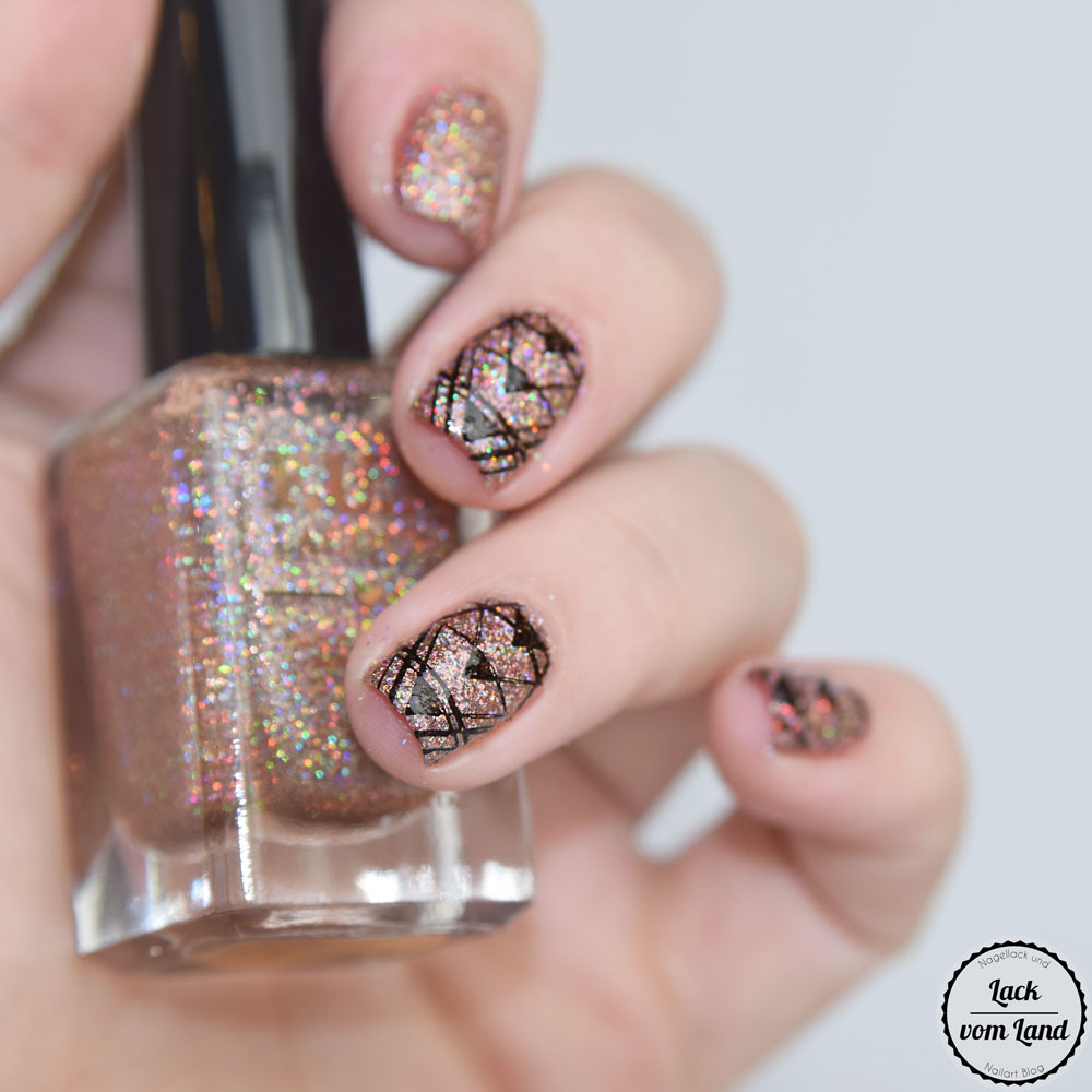 f-u-n-lacquer-royal-chapel-7
